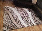 Zwei Teppiche