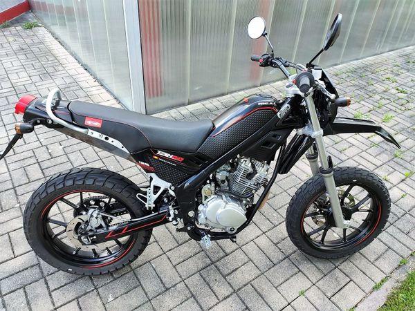Motorrad Rieju Tango 125