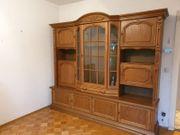 Wohnzimmerschrank mit Vitrine und Barfach