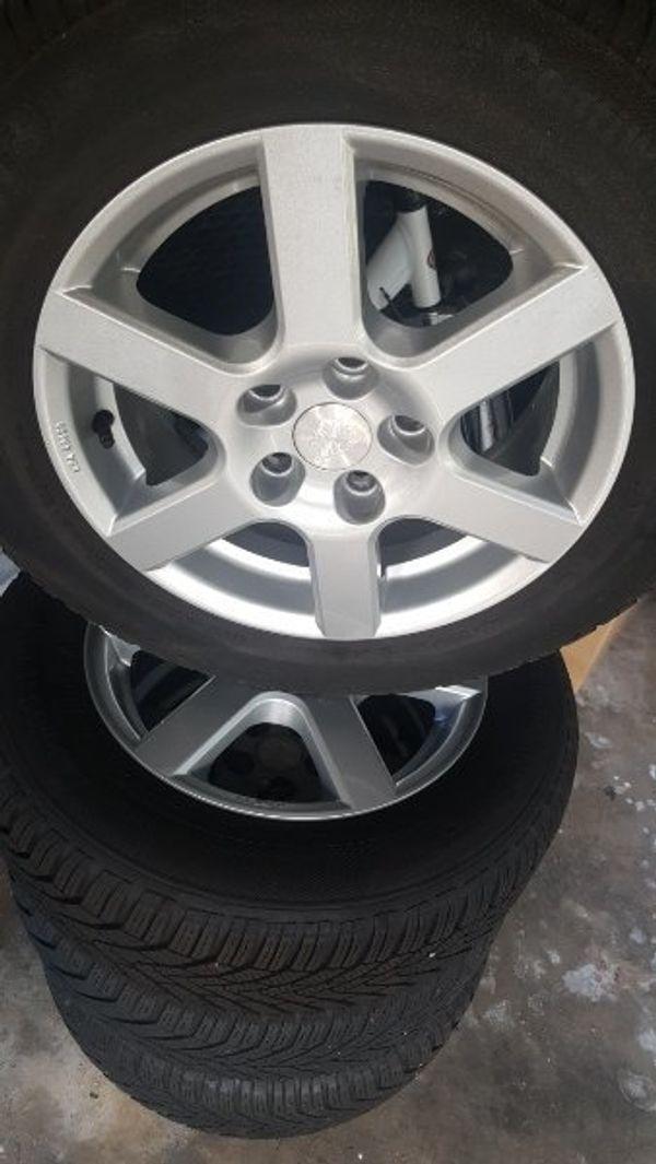 Hyundai iX20 Kia Venga