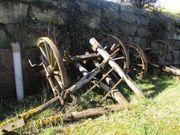 Teile eines historischen Heu Ackerwagens