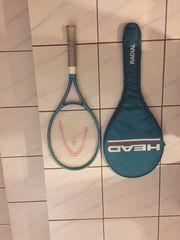 Zwei Head Tennisschläger mit Tasche