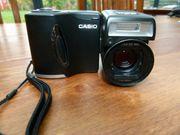 Casio QV-2800UX Digitalkamera mit Schwenkobjektiv