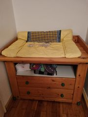 Kinderbett Wickelkommode
