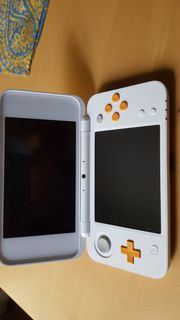 Nintendo 2DS XL weiß orange