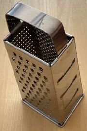 Vierkant Küchenreibe aus Edelstahl zu