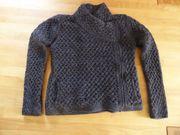 Schurwolle Strickjacke neuwertig grau schwarz