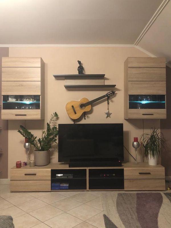Wohnzimmerwand Schrank
