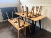 Sitzbänke aus Holz