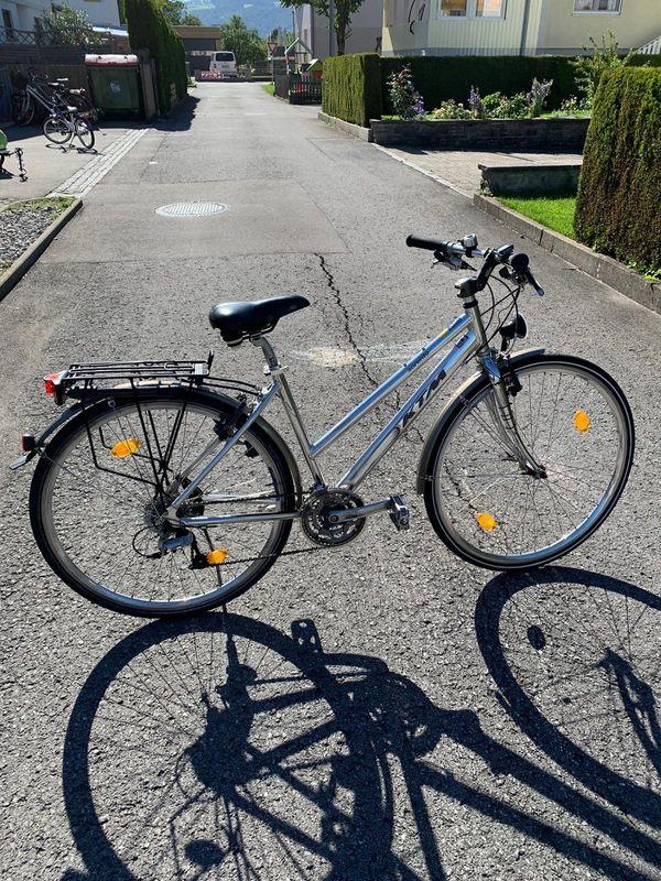 WIE NEU! EINWANDFREI! Damenfahrrad Fahrrad Frauen Rad