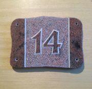 Hausnummer aus Stein Granit