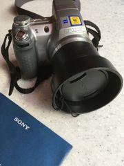 Sony Digitalkamera mit Fototasche