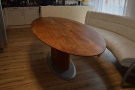 Büromöbel - Grosser Esstisch zu verkaufen