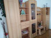 Wohnzimmerwand in Buche
