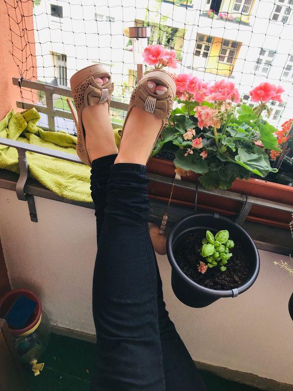 Schuhe Kleidung uvm