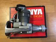ENYA 90-4C Modellmotor wenig gelaufen