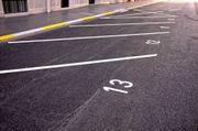 Günstiger geräumiger Parkplatz für Schnellentschlossene