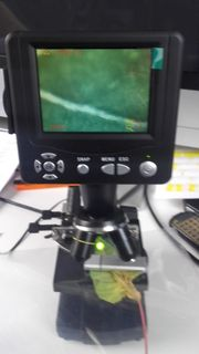 BRESSER Mikroskop mit LCD Monitor