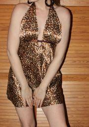 Leo Satin Neglige Minikleid Longtop