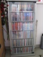 ca 300 CD s Von