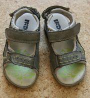 Sandalen von indigo Gr 25