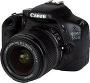 Canon EOS 550D mit Objektiv
