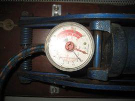 Fußpumpe Luftpumpe Rekord Manometer Druckanzeige: Kleinanzeigen aus Birkenheide Feuerberg - Rubrik Fahrradzubehör, -teile