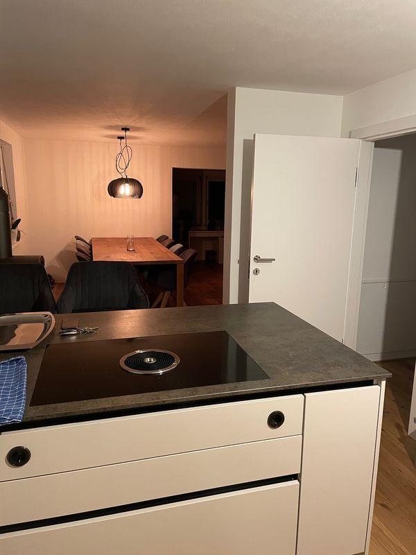 WG ZIMMER in 120m2 Wohnung