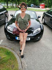 Christa 64 Jahre jung sucht