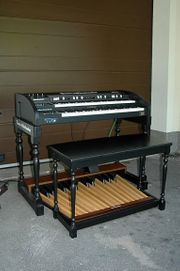 2-manualiger Hammond Clone Orgel Tonewheelmaker