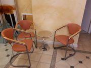 Sitzecke - 3 Stühle und kleiner