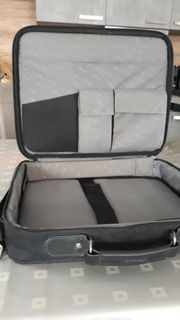neuwertige Lapptop-Tasche