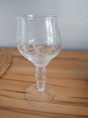 Glaskrug mit Gläser