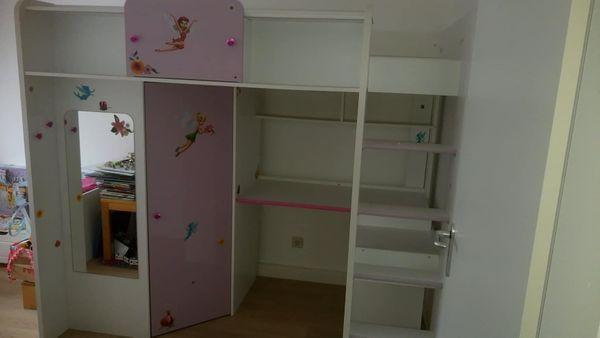 Kinderhochbett mit Kleiderschrank und Schreibtisch