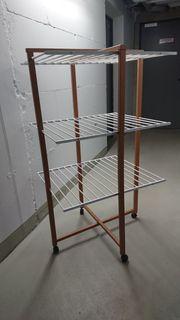Wäscheständerturm aus Holz