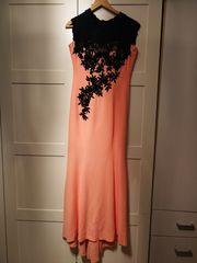 Schönes Elegantes Abendkleid