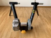 Rollentrainer CycleOps Fluid2 Heimtrainer