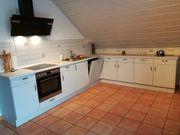 Küche neuwertig hellgrau Marmorplatte ab