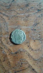Römische münze DIVUS CONSTANTINUS QUADRANS