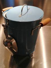 Sektkühler hellblau mit Schaufel