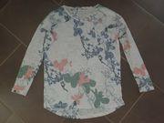 Shirt Blumen Gr 36 S