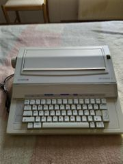 Elektrische Schreibmaschinen von Brother und