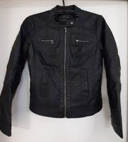 Jacke im coolen Leder - Look