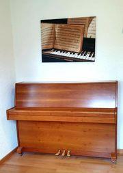 Klavier neuwertig