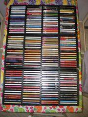 540 CDs in 9 schwarzen