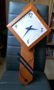 Uhr Wanduhr mit Pendel Hermle