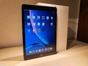 Apple iPad 2018 Tablet 32
