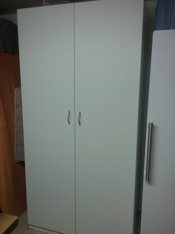 2 Pax Türen weiss - Pliezhausen - Verkaufe wegen Umzug 2 neuwertige Pax Türen mit Griffe 50 x 195 für Pax Schrank 100 x 201 NP 80,00 - Pliezhausen