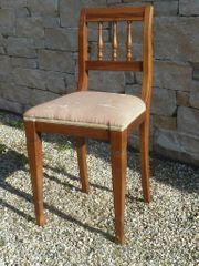 Stuhl gepolstert massiv Kirschholz um