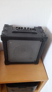 Verkaufe Roland E-Gitarren Verstäker Cube